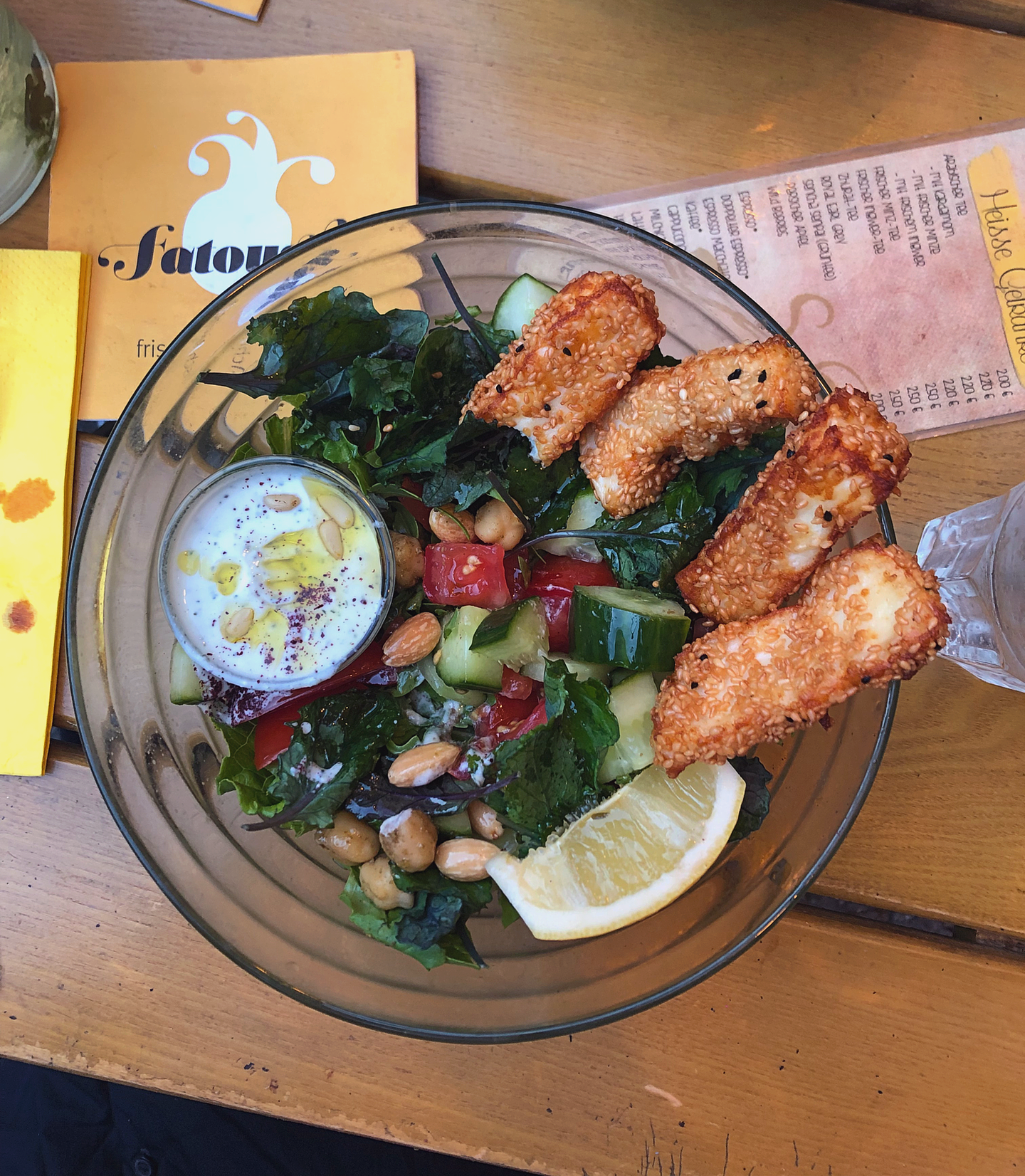 5 sustainable things to do in Berlin | fatoush haloumi salad
